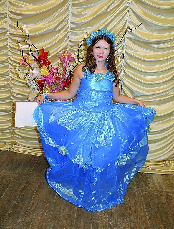 Платье из пакетов своими руками для детей пошагово с фото 26